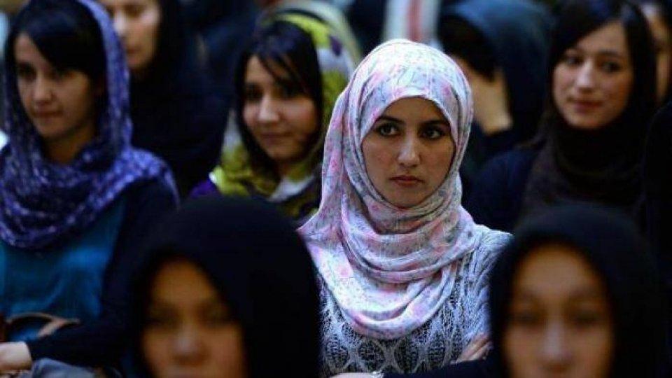 """Afghanistan, Uds e Fondazione Bellisario chiedono """"corridoi umanitari per donne e bambini"""""""