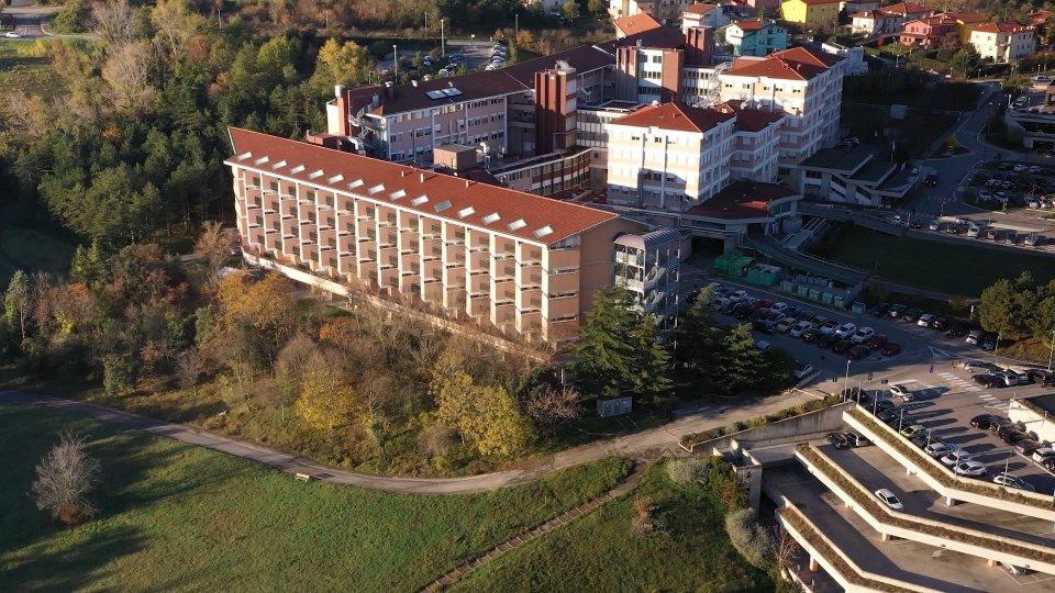 Il Governo presenta il nuovo ospedale in una serata pubblica