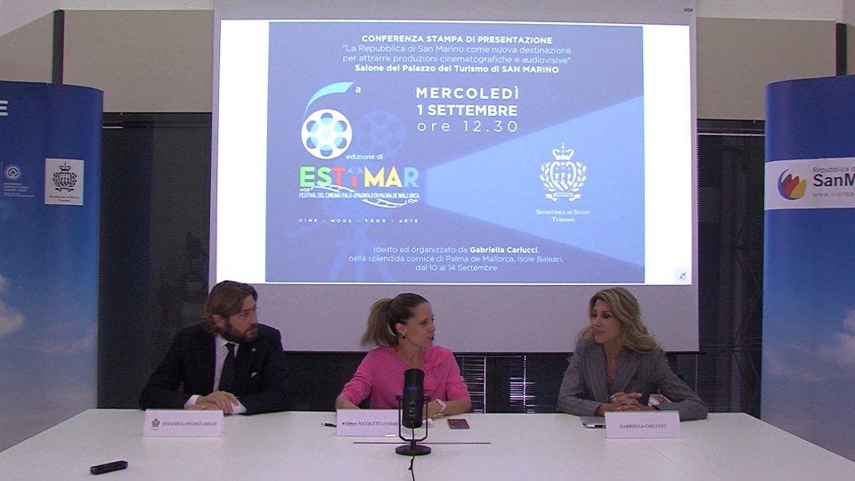 Nel video Gabriella Carlucci
