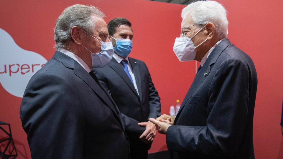 I Capitani Reggenti Gian Carlo Venturini e Marco Nicolini con il Presidente Sergio Mattarella