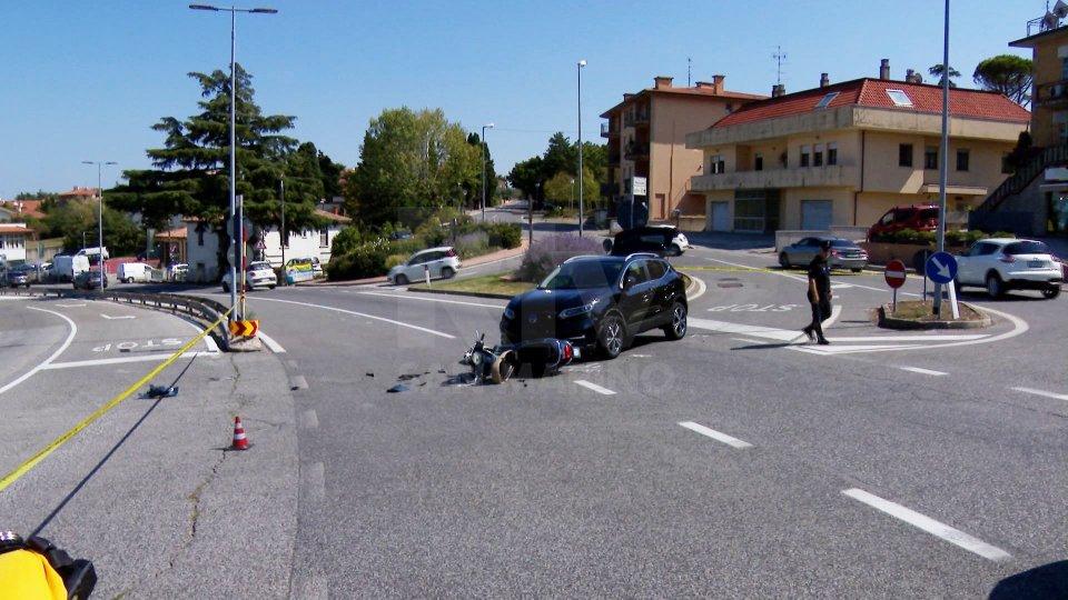Incidente a Domagnano: automobile si scontra con Vespa all'incrocio