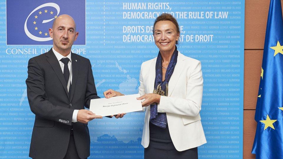 Presentazione delle lettere credenziali da parte degli ambasciatori Elena Molaroni e Eros Gasperoni
