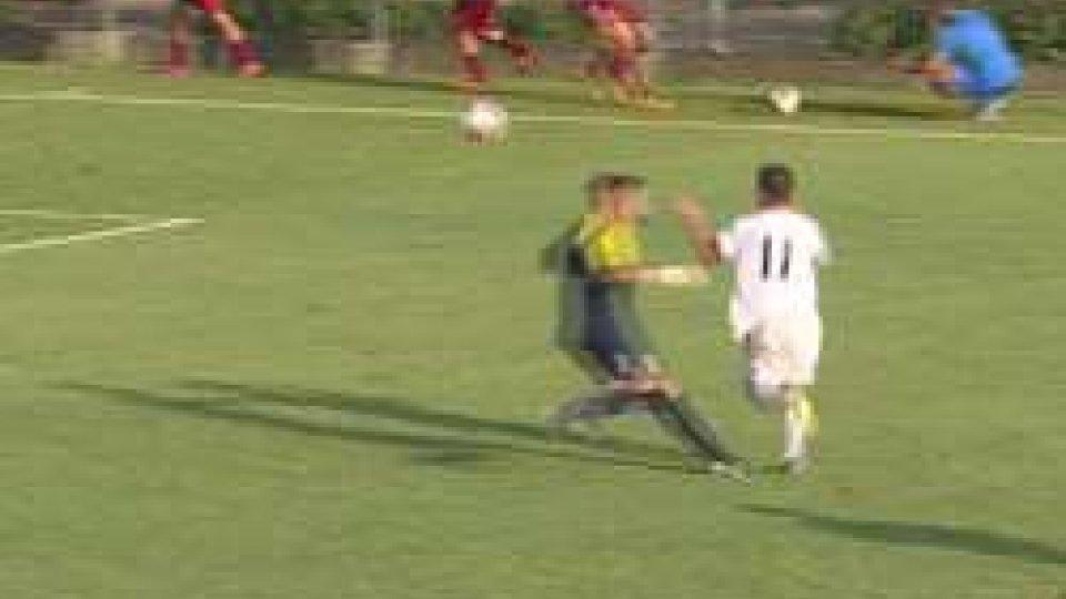 Hirsch supera il portiereAmichevole: Nazionale San Marino - Santarcangelo 1-1, a Hirsch risponde Bussaglia
