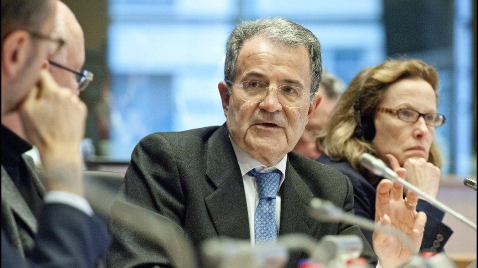 """Romano Prodi in cattedra all'Università di San Marino per un  intervento dal titolo """"Politica ed economia"""""""