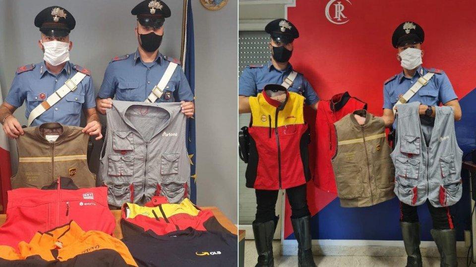 Le divise sequestrate dai Carabinieri di Riccione