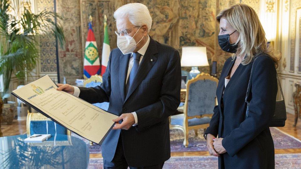Segreteria Affari Esteri: Consegnata in mattinata al Presidente della Repubblica italiana Sergio Mattarella l'onorificenza di Cavaliere di Gran Croce decorato con il Gran Collare dell'Ordine Equestre di San Marino