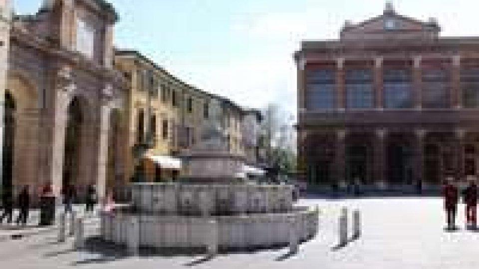 Rimini: 77enne arrestato per stalking