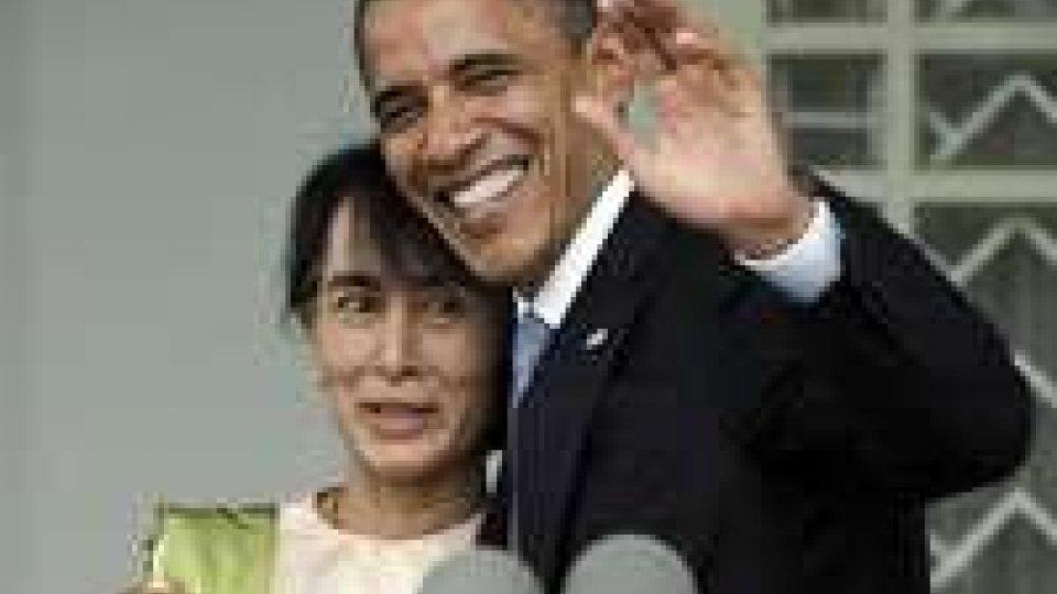 Obama in Birmania a sostegno della democrazia