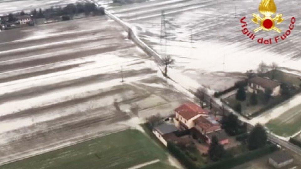 Campi inondatiEsondazione Reno: si attenua la piena, drammatica la conta dei danni