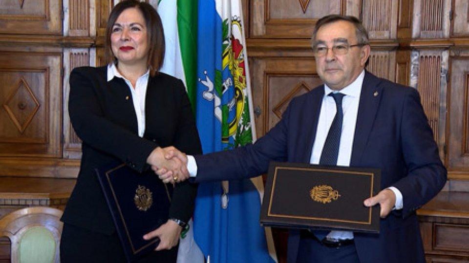 Paola Gazzolo e Augusto MichelottiProtezione Civile, siglato protocollo tra Emilia Romagna e San Marino