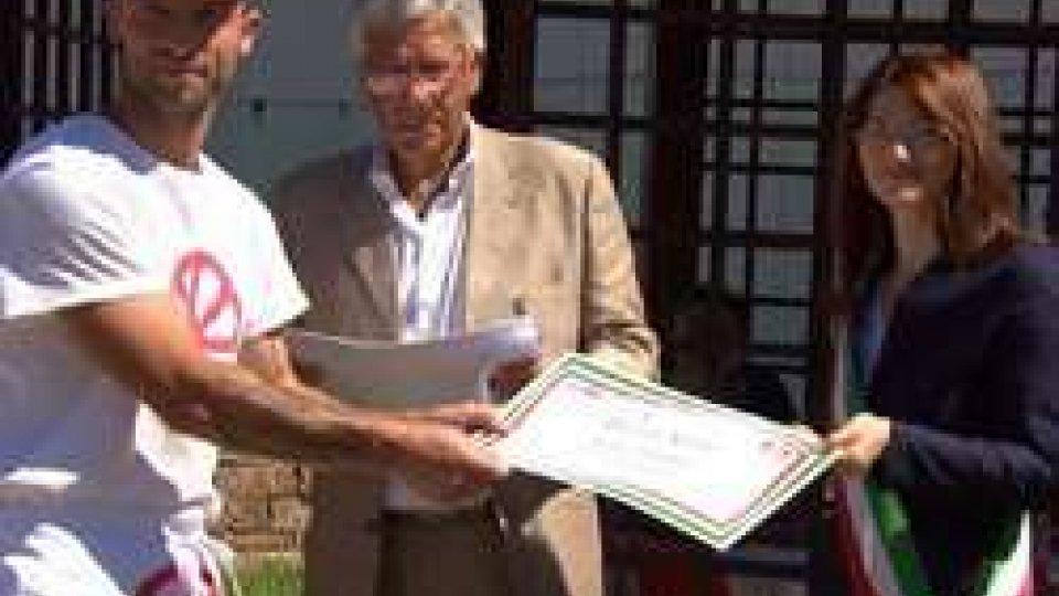 La consegna dei diplomiCasetti in festa: consegna dei diplomi e riapertura dello spazio verde