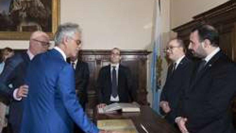 Giuramento del M° Andrea Bocelli quale Ambasciatore a disposizione della Repubblica di San Marino