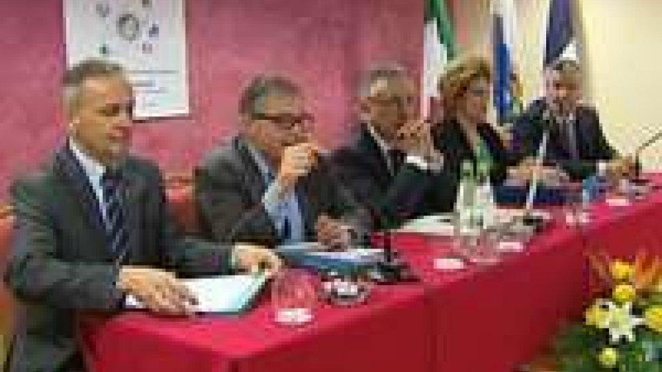 """Sammarinesi all'estero: """"Dopo la Repubblica anche la Consulta uscirà dalla black list?"""""""