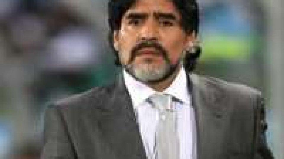 Maradona in Procura a Napoli per querelare Gene Gnocchi