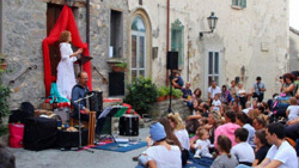 """Montegiardino, arrivano in 1.000 per """"Artisti in Casa"""""""