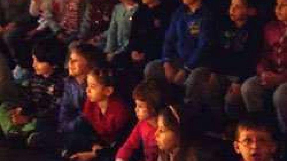 I bambini della Scuola dell'Infanzia al Teatro Nuovo