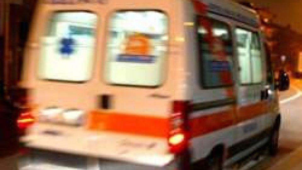 L'ambulanza sul posto. Foto repertorio