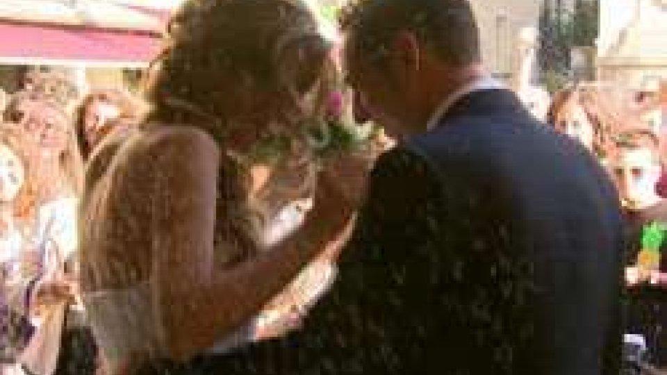 Matrimonio a palazzoMatrimoni: boom nei mesi estivi e arrivano le prime richieste dall'estero