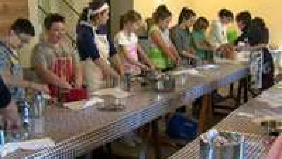 San Marino: dieci anni di laboratori del gusto, organizzati da Consorzio Terra di San Marino e UGRAASan Marino: dieci anni di laboratori del gusto