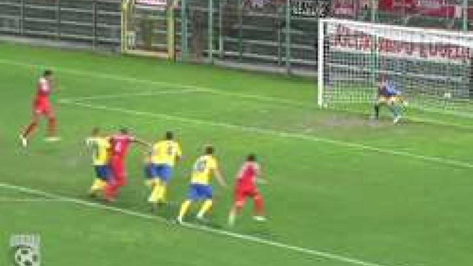 Triestina - Fermana 3-0Serie C, Girone B: netta vittoria della Triestina che liquida con un perentorio 3-0 la Fermana