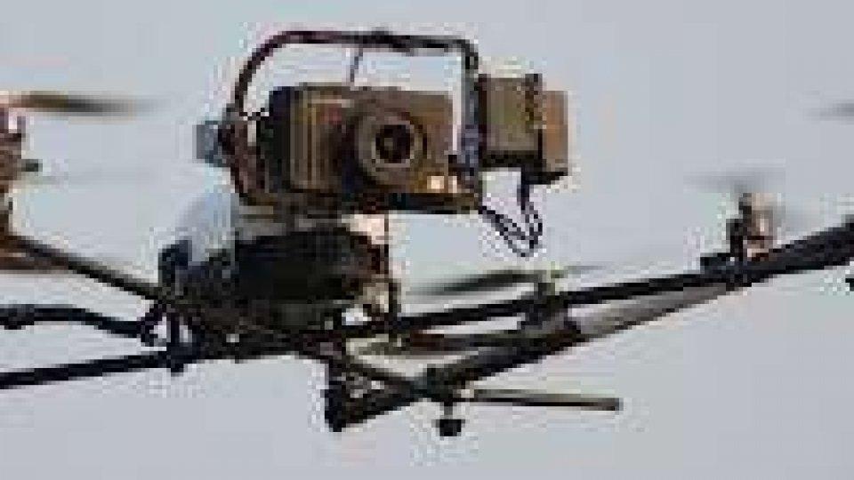 Bologna. Trova drone sul terrazzo e lo rivende su internet