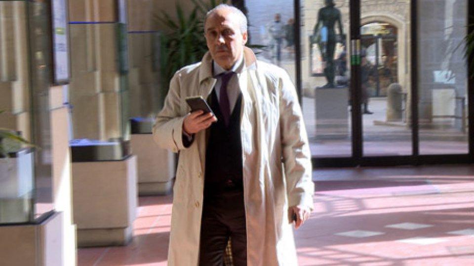 Fabio ZanottiCarisp: rinviato l'ingresso nel Cda del prossimo AD; si annunciano azioni di responsabilità