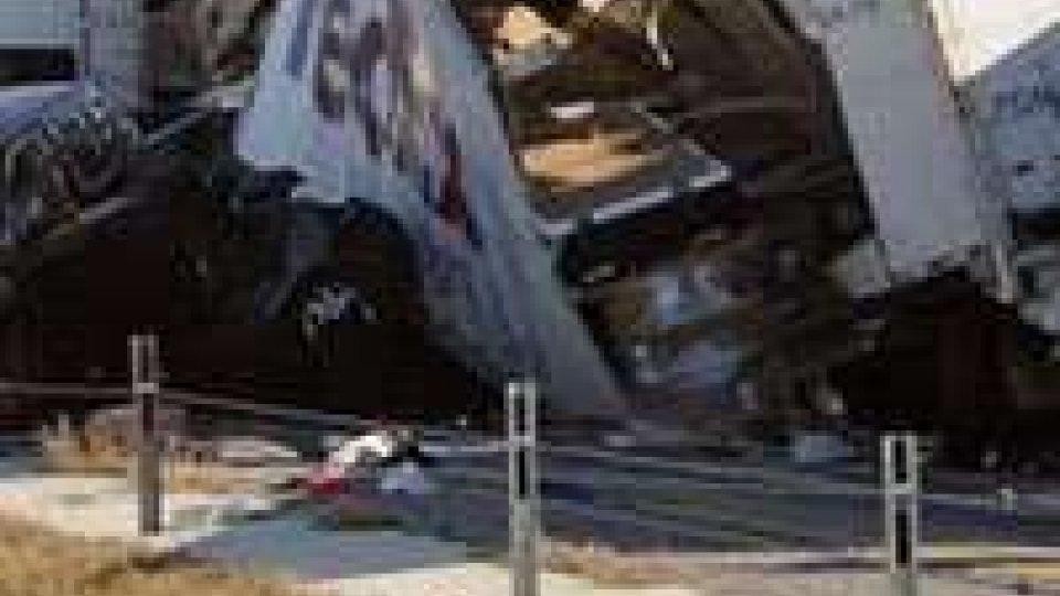 Usa: 100 auto coinvolte in un incidente
