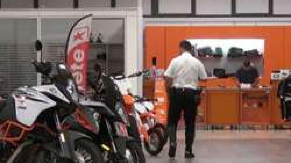 "Sopralluogo della GendarmeriaLe Ktm rubate al ""Motorstore"" in vendita su un sito internet ucraino"