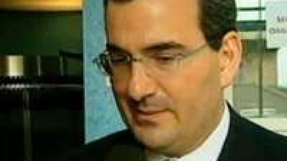 PIETRO BERTI CONDANNATO PER MOLESTIE SESSUALI  A QUATTRO ANNI DI PRIGIONIAPietro Berti condannato per molestie sessuali a quattro anni di prigionia