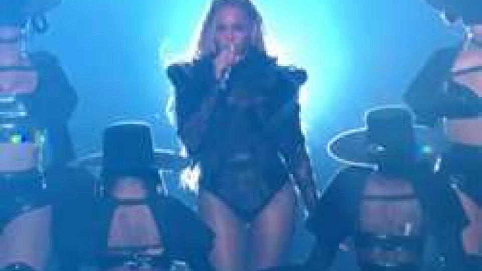 L'esibizione di Beyoncé (ph. MTV)