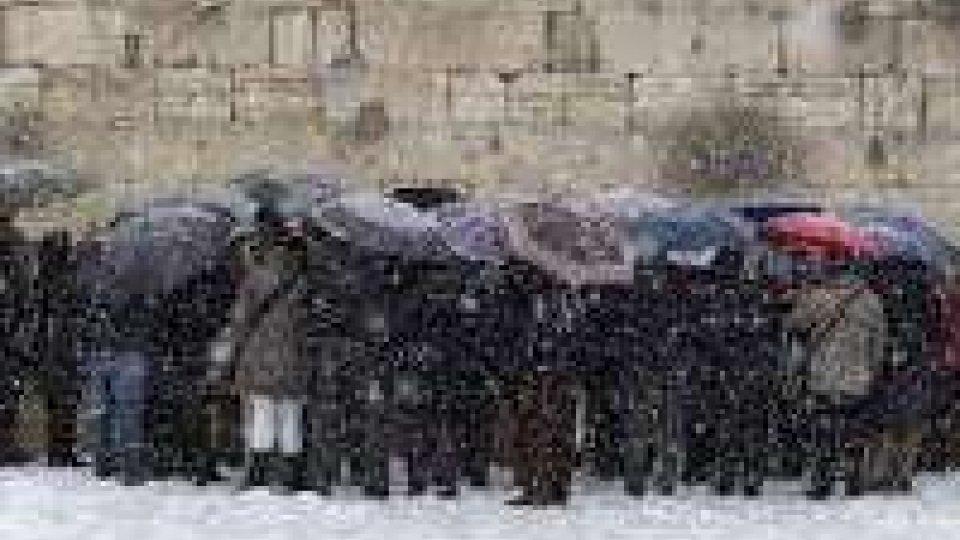 Gerusalemme isolata a causa della neve