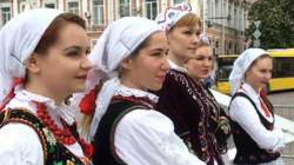 Costumi tipici ucrainiDopo 34 anni il Papa torna a visitare la comunità ucraina di Roma