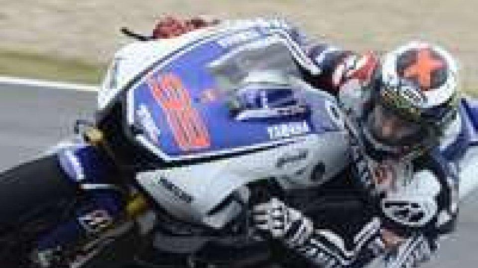 MotoGp. Lorenzo vince in Inghilterra. Nono Rossi