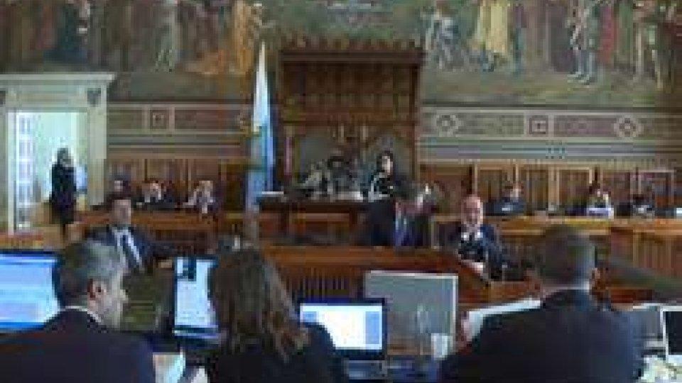 Consiglio: odg delle opposizioni per le dimissioni dei vertici di Bcsm e la sospensione del passaggio di Asset in Carisp. La maggioranza chiede condivisione e un clima più sereno