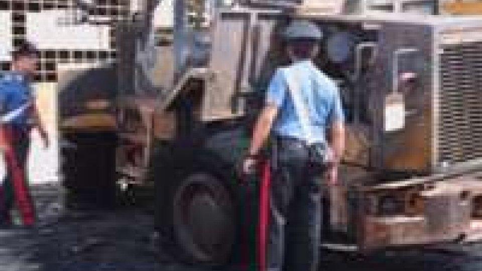 Santarcangelo: distrutto in escavatore