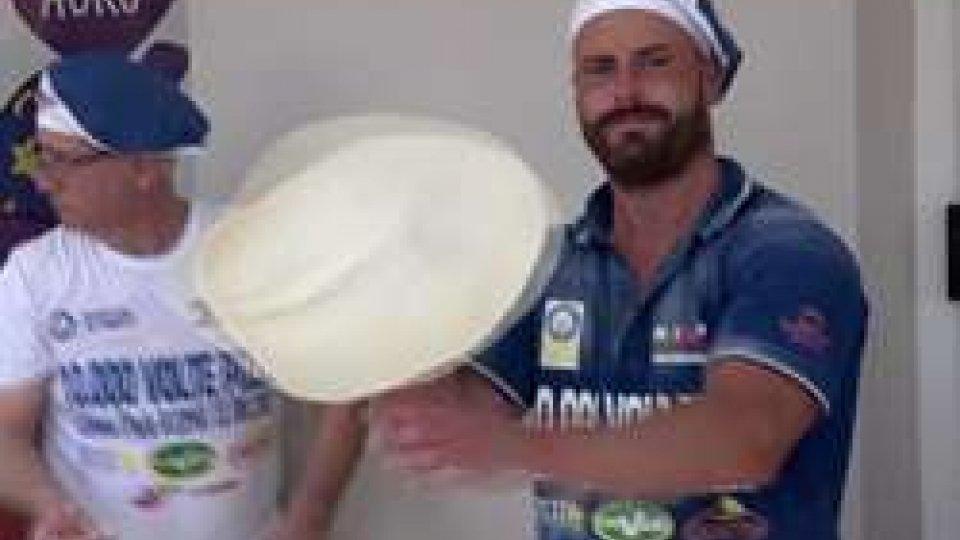 Marco Casali Nip Masterchef San MarinoA Roma nuovo record di produzione pizza: c'è anche Marco Casali, Nip Masterchef San Marino