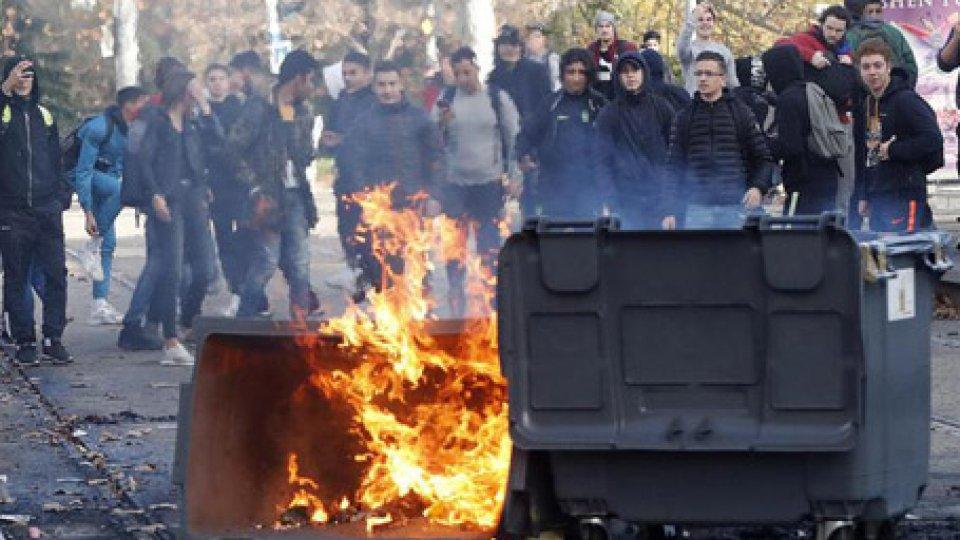 @ansaGilet Gialli, ancora scontri: si teme per la giornata di domani