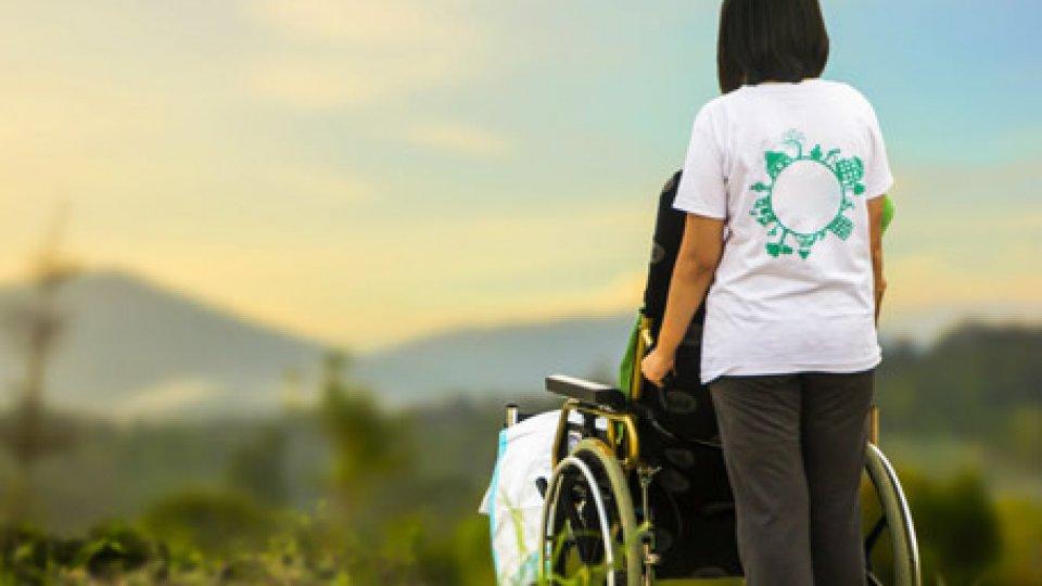Vita Indipendente e Assistente Personale per i disabili: Attiva-Mente chiede la regolamentazione