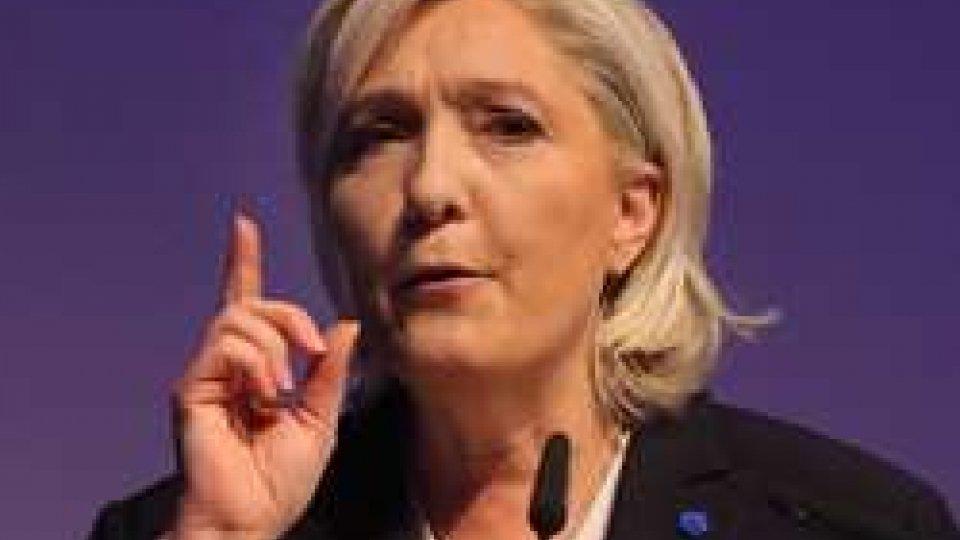 Le Pen: 'Con me Francia fuori da Ue e Nato'