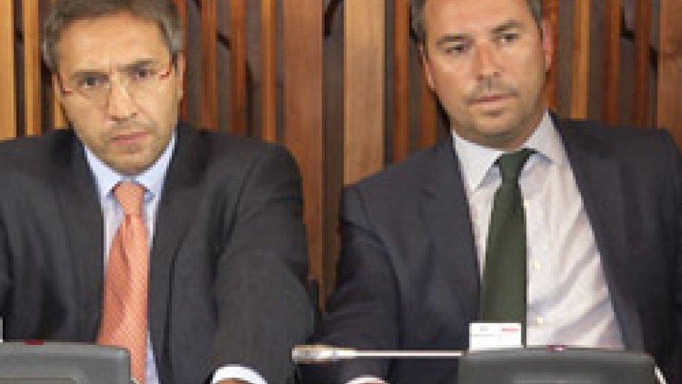"""I consiglieri Francesco Mussoni e Teodoro LonferniniConsiglio: """"bagarre"""" in aula su nomina nel Consiglio Direttivo di Bcsm"""
