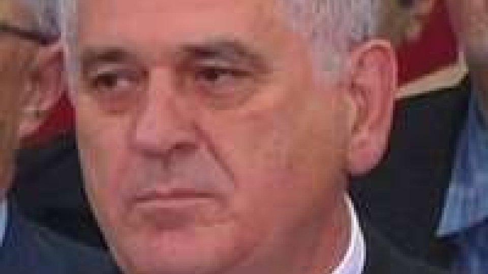 Serbia, tempi lunghi per formazione del nuovo governo