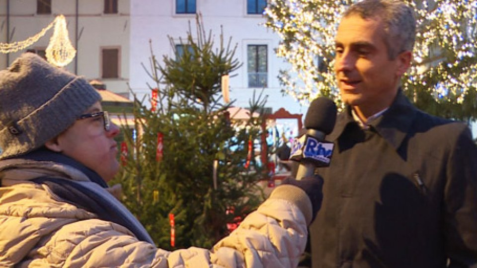 "Jamil SadegholvaadI ragazzi di ""Tv Tutti"" intervistano l'assessore Sadegholvaad"