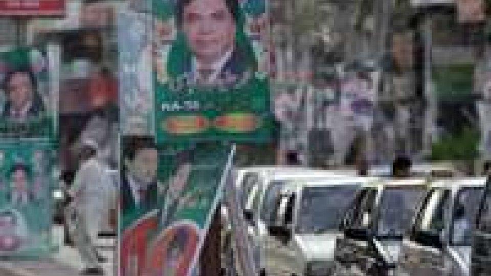 Pakistan. Elezioni: si decide tra laici, islamici e nazionalisti