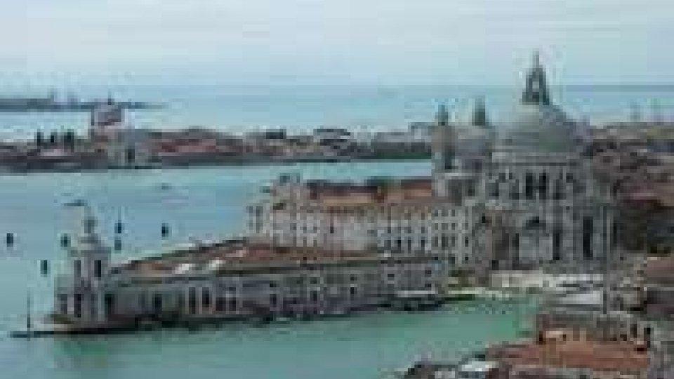 Rtv: lunedì Altamarea arriva a VeneziaRtv: lunedì Altamarea arriva a Venezia