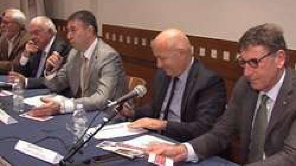 Titancoop compie 40 anniPer i 40 anni della Titancoop, a San Marino, i presidenti di Coop Italia e Legacoop
