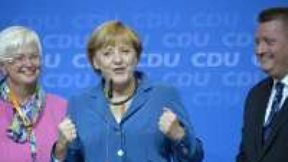 La Merkel trionfa in Germania, maggioranza assoluta dei seggi