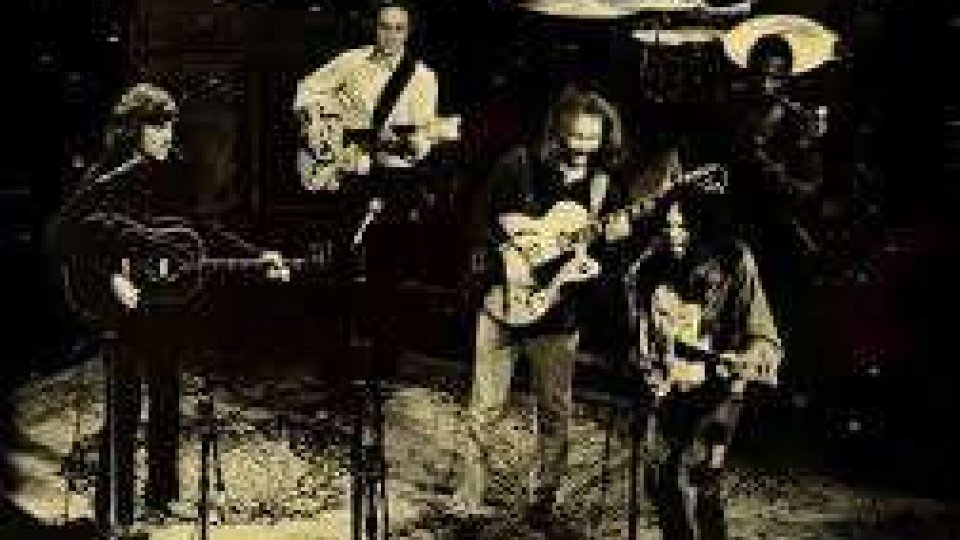 Classic Rock Story - Crosby Stills Nash & Young
