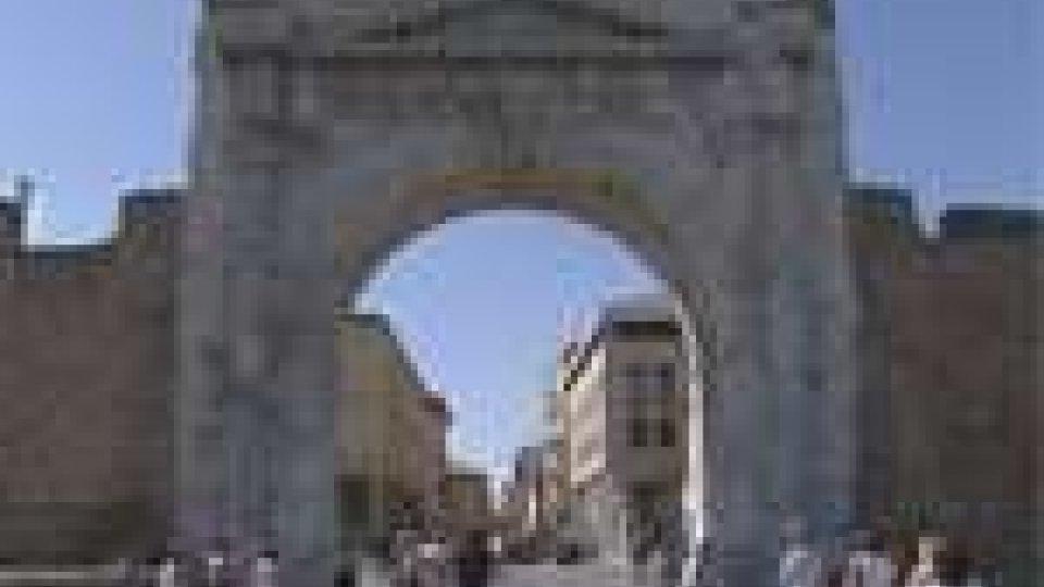 Rimini: 870 firme a difesa dell'acqua pubblica