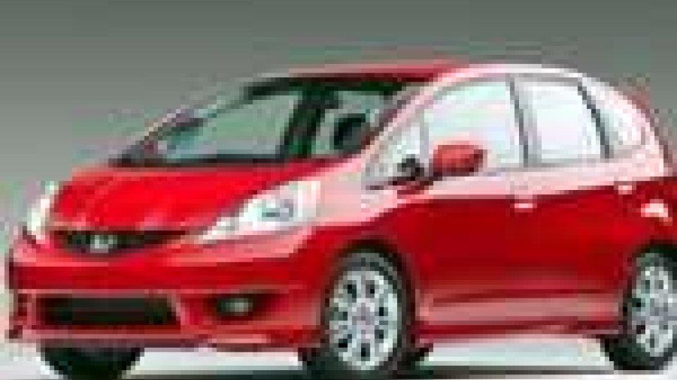 (Honda Fit) - Honda richiama un milione di auto nel mondo per problemi elettrici