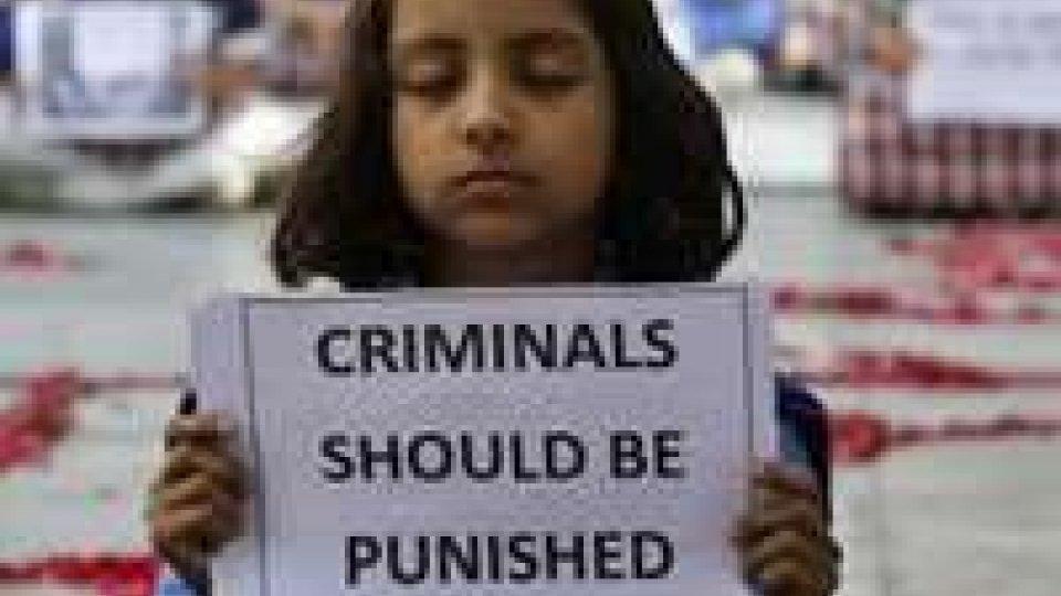 Nuovo stupro in India, minorenne violentata a veglione